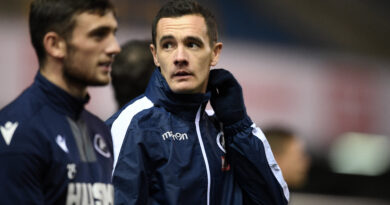 Portsmouth 'close' to deal for former Millwall midfielder Shaun Williams