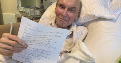 Sidcup care home residents strike up pen pal friendship with school students