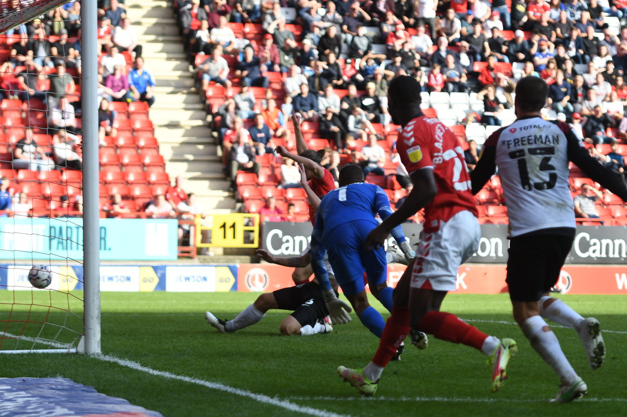 """Nigel Adkins: Diallang Jaiyesimi's absence from Charlton squad is """"nothing personal"""""""